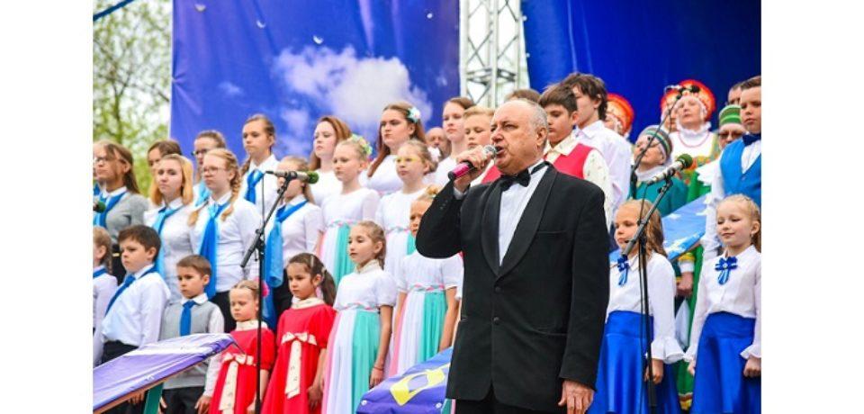 По инициативе Андрея Комарова  в  Озерске состоялось празднование Дня славянской письменности и культуры